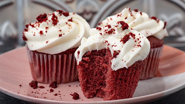 Postres Red Velvet, ¡con colorante natural de remolacha! Cupcakes