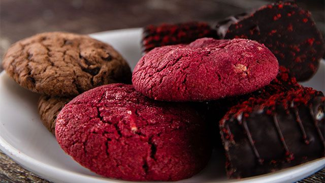 Postres Red Velvet, ¡con colorante natural de remolacha! - galletas