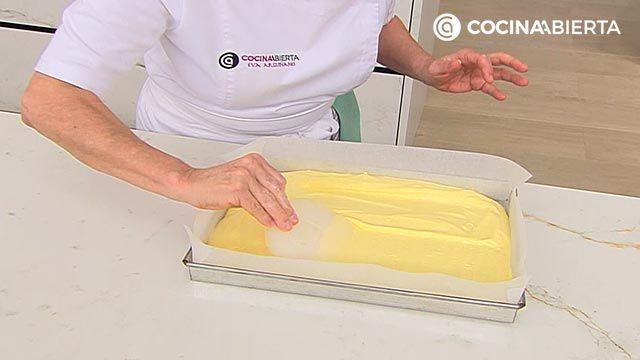 Bizcocho esponjoso para rellenar (tartas y brazo gitano) - paso 4
