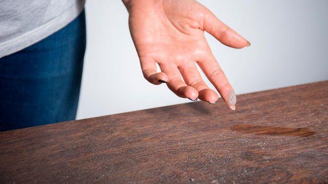Cómo limpiar el polvo de muebles, electrodomésticos, suelos y paredes