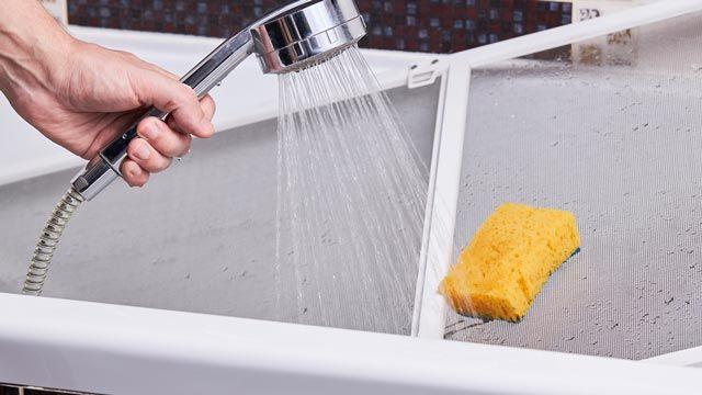 Cómo limpiar mampara de plástico