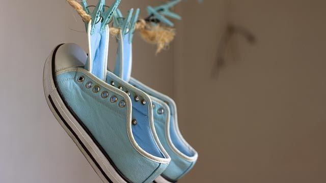 Cómo lavar las zapatillas en lavadora