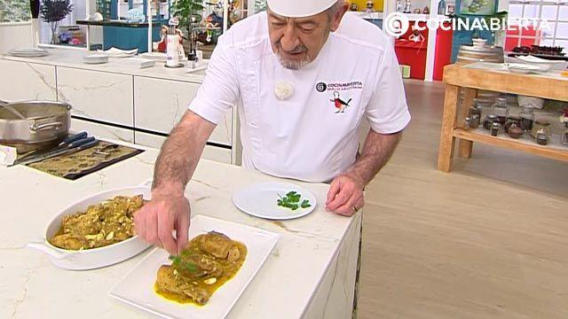 Pollo en pepitoria, la receta tradicional de Karlos Arguiñano - paso 6