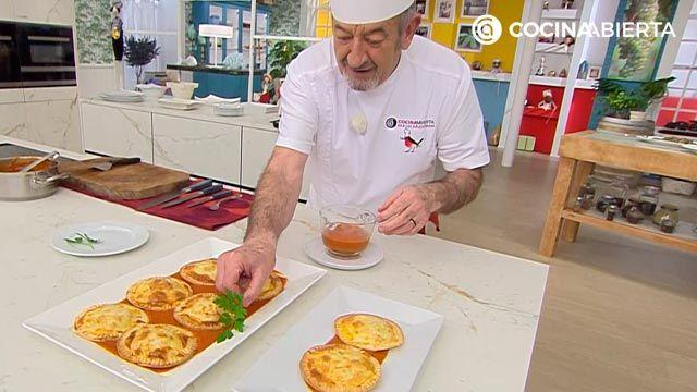 Mini pastelitos de atún con tomate, las deliciosas empanadillas al horno de Karlos Arguiñano - paso 7