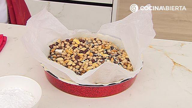 Tarta de peras con crema franchipán, un postre fácil al horno de Eva Arguiñano - paso 1