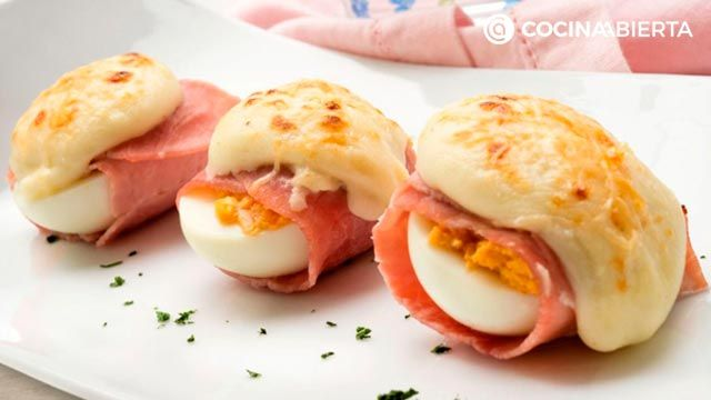 Recetas con bechamel - huevos rellenos gratinados