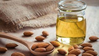 Remedios naturales para hacer crecer las cejas - Aceite de almendras
