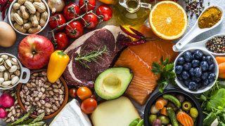 Consejos para dormir bien cuando hace calor - Alimentos para dormir mejor