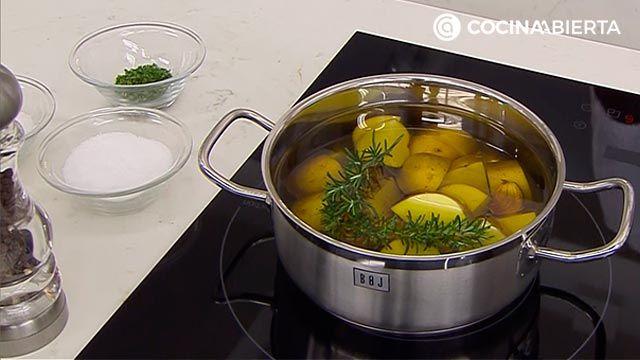 Solomillo de cerdo en salsa de naranja y jengibre, la receta de Karlos Arguiñano - paso 1