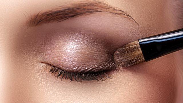 Cómo aplicar sombras de ojos paso a paso