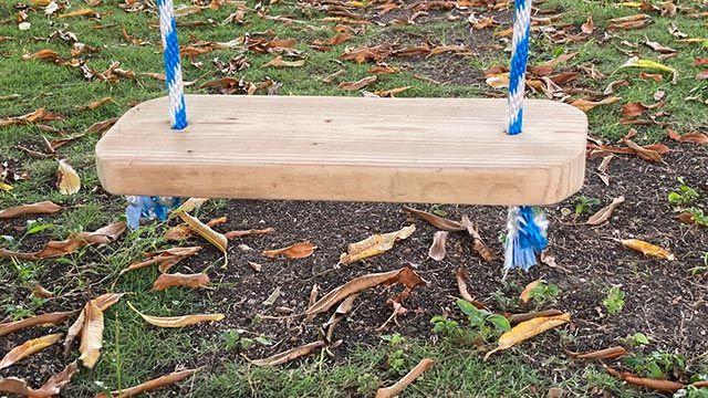 Cómo hacer un columpio de madera