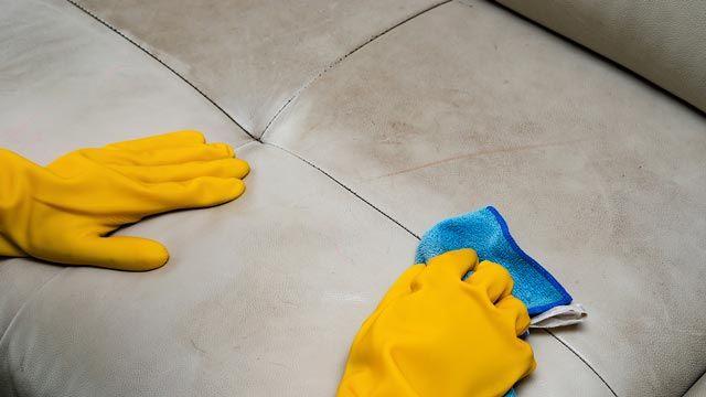 Como limpiar sofá de piel con trucos caseros