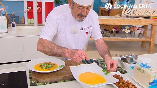 Crema de boniato y manzana con guisantes por Karlos Arguiñano - paso 5