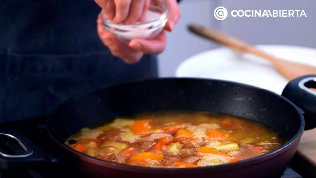Paso 3 de la receta de Crema de calabaza y zanahoria
