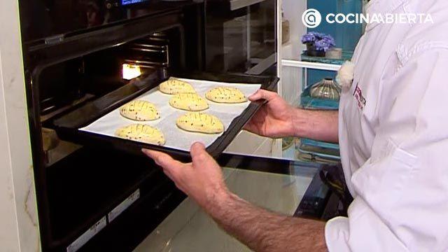 Pan de Viena por Joseba Arguiñano (la versión de panecillos rellenos de crema de cacao y avellanas) - paso 7