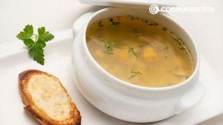 Sopa de ave con patata