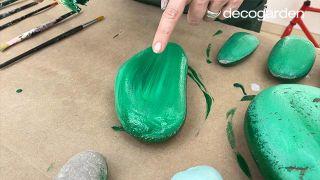Cómo hacer cactus con piedras - Paso 3