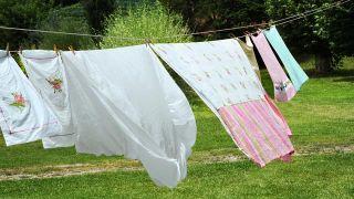 Cómo lavar y secar los rellenos de las almohadas