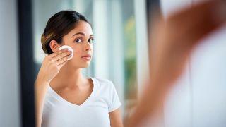 Cómo hacer un maquillaje a prueba de agua y sudor