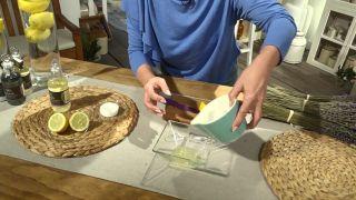 Cómo quitar las manchas y la grasa del rostro de forma natural (lavanda y limón)