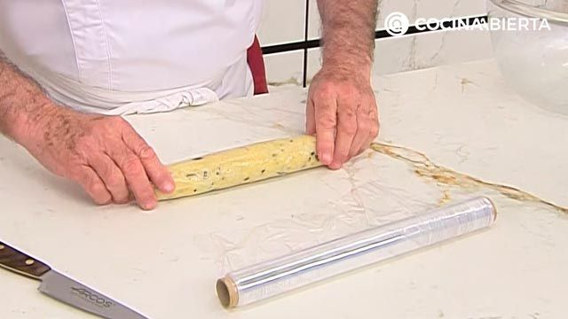 Galletas saladas de queso y aceitunas por Karlos Arguiñano - paso 2