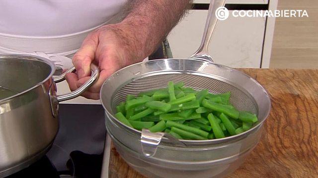 Alubias canela con judías verdes