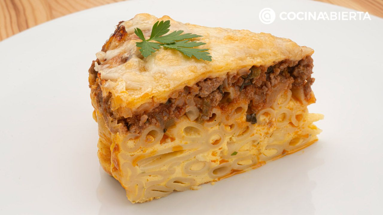 Pastel de macarrones con carne (Pastitsio)