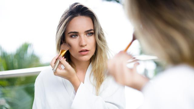 Maquillaje a prueba de agua y sudor, la técnica infalible