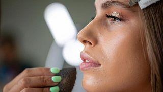 Cómo hacer el maquillaje blindado paso a paso - Contorno en crema