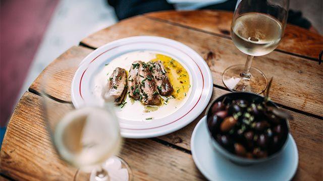 El maridaje de vino perfecto para cada tipo de plato - pescado