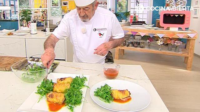 Muslos de pollo rellenos de jamón y pimientos (con ensalada de rúcula): la receta al horno más jugosa de Karlos Arguiñano - paso 4