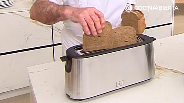 Croque-Madame, ¡la receta de Karlos Arguiñano!: el popular sándwich mixto francés gratinado con bechamel y huevo - paso 1