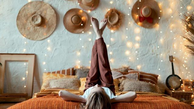 Transformar un dormitorio adolescente en una habitación para una mujer joven