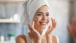 Limpieza facial profunda y reparadora de 9 pasos