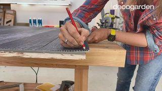 Cómo hacer un cabecero con revestimientos decorativos - Paso 10