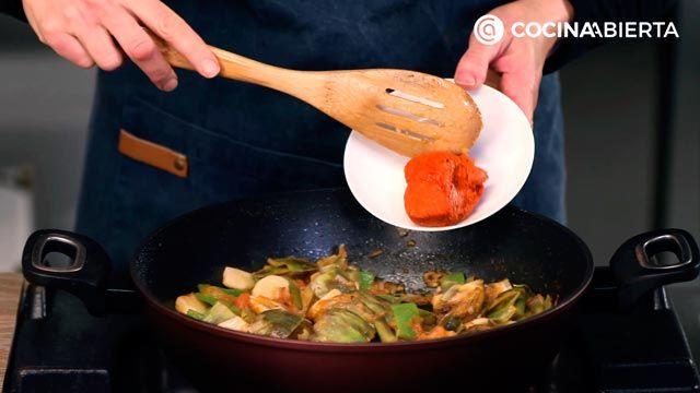 Arroz Brut, así se prepara el arroz caldoso especiado típico de Mallorca - Paso 3