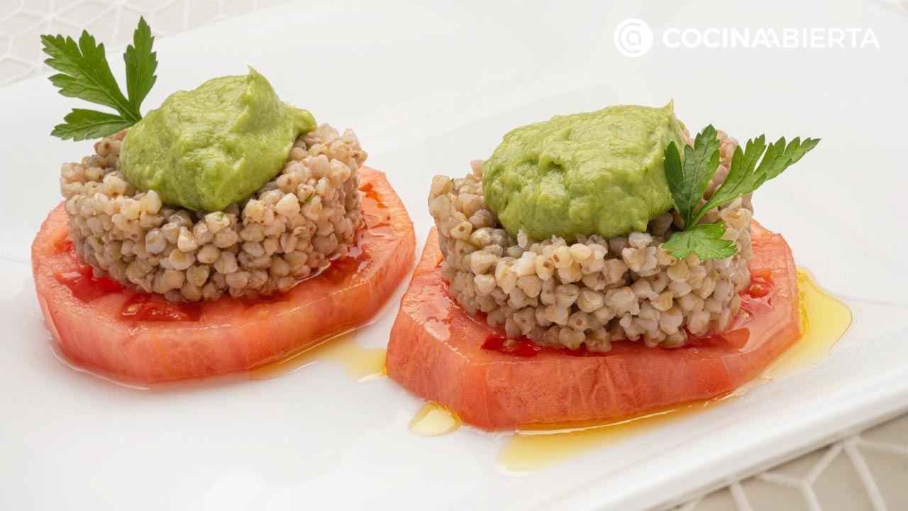 Ensalada de trigo sarraceno y tomate