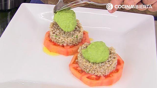 Ensalada de trigo sarraceno con tomate por Karlos Arguiñano - paso 5