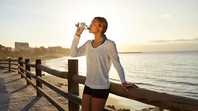 Hacer ejercicio en ayunas, ¿sí o no? - Bebida isotónica
