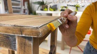 Pintar una silla de madera vieja de estilo mexicano - Paso 5