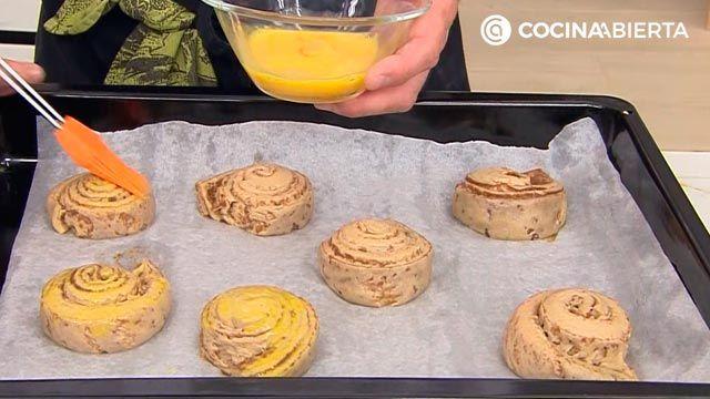 Rollos de canela esponjosos y fáciles: ¡la mejor receta de Joseba Arguiñano! - paso 6