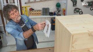 como tunear una cómoda con madera paso 10