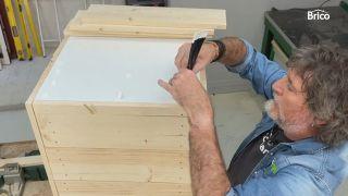 como tunear una cómoda con madera paso 7