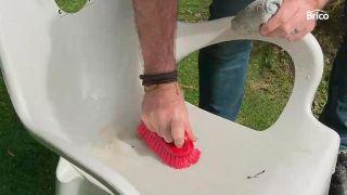 ¿Cómo pintar sillas de plástico?