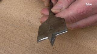 Cómo afilar una broca de pala paso 2