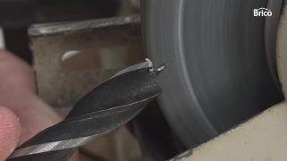 Cómo afilar una broca para madera paso 4