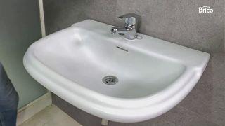 Cómo pintar un lavabo paso 11