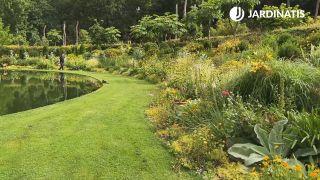 Parterre amarillo del Jardín Lur Garden