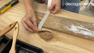 Cómo pintar un remo de madera - Paso 3