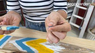 Cómo pintar un remo de madera - Paso 7